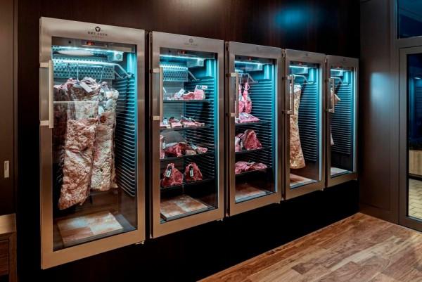 Вызревание мяса в DRY AGER
